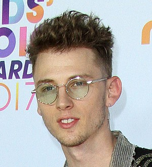 Machine Gun Kelly postpones shows due to chest injury