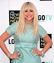 The Latest & Greatest Sparkle at NewNowNext Awards!
