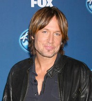 Keith Urban regrets posing nude for Playgirl