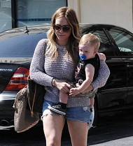 Hilary Duff took up boxing to lose baby weight