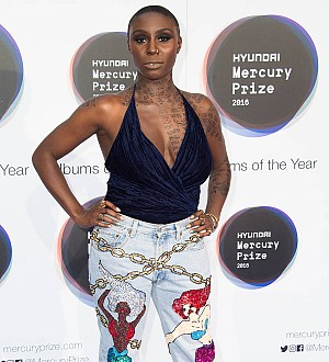 Laura Mvula 'mistakenly' held by airport security for four hours